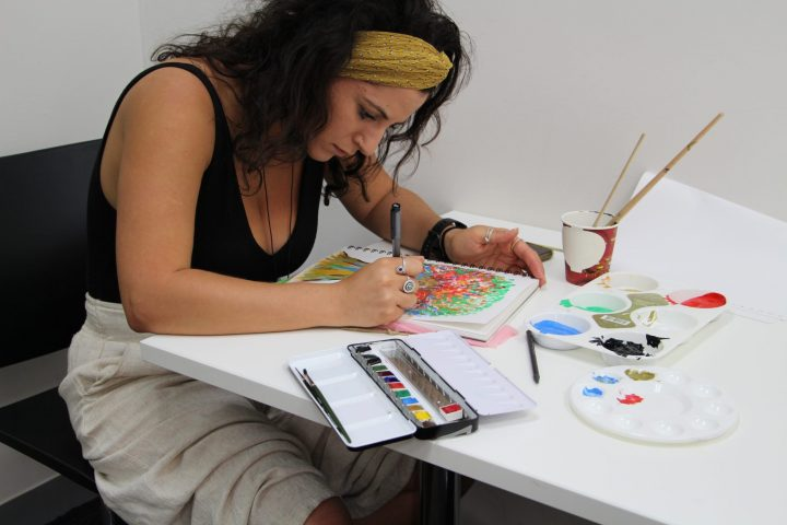 inside the art therapy classroom
